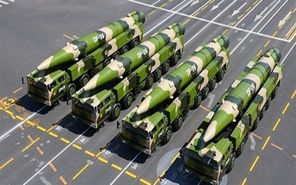ترس آمریکا از حملات موشکی چین به گوام خبرنگاران